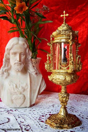 Reliquia del santo venerada en su localidad natal.