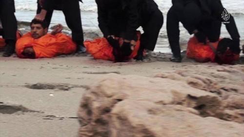 Instante del martirio, grabado en vídeo por los verdugos.