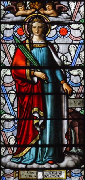 Vidriera decimonónica de la Santa. Basílica de San Eutropio, Saintes (Francia).