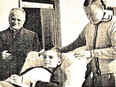 El Siervo de Dios Ángel Bonetta postrado en su lecho.