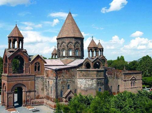 Iglesia Patriarcal de Etchmiadzim.
