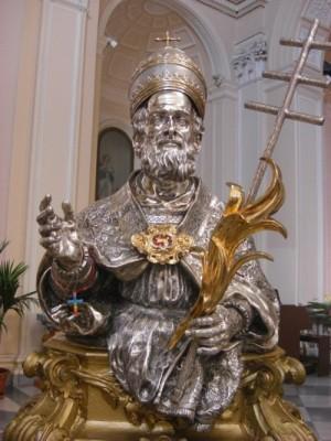 Busto relicario del Santo en la catedral de Alife, Italia.
