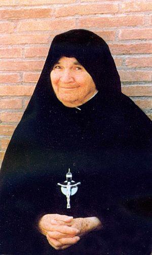 Fotografía de la Beata, ya anciana, sonriente.