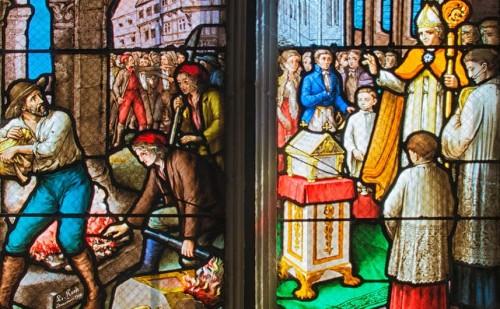Escenas de profanación, rescate, reconocimiento y desagravio de las reliquias de la Santa. Capilla de la Santa en Dargies, Francia.