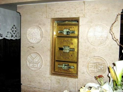 Reliquias de los Santos. San Canzian d'Isonzo, GO, Italia.