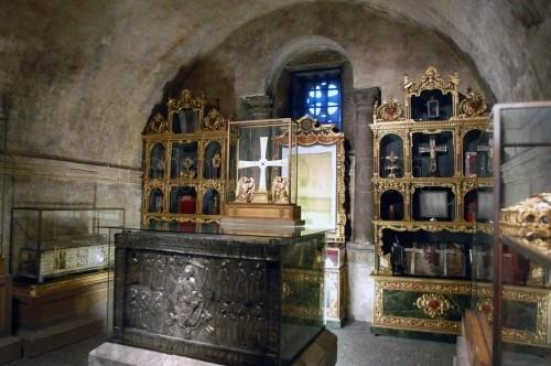 Cripta de la catedral de Oviedo donde se conserva el Santo Sudario y otras reliquias.