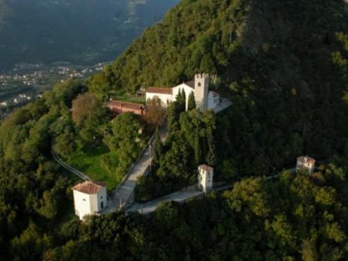 Panorámica del Santuario de Santa Augusta de Serravalle.