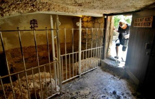 Interior de la Tumba del Huerto, en Jerusalén.
