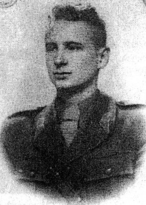 Nicolae Dorobanțu en su uniforme de teniente segundo.