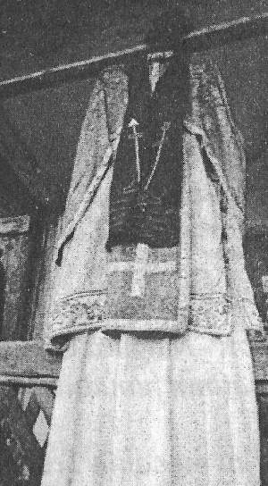 Ornamentos sacerdotales de Nil Dorobanțu.