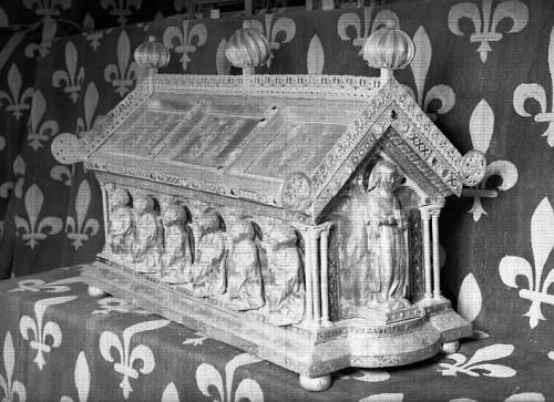 Urna de las reliquias en la catedral de Amiens (Francia).