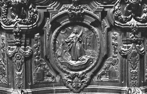 Detalle de Santa Digna en la sillería del coro de la catedral de Córdoba, España.