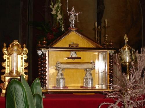 Reliquias del santo en la parroquia de san Hipólito de Voltregà (Barcelona).