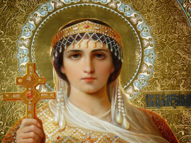 Detalle del rostro de la Santa en un icono ortodoxo ruso, de estilo naturalista.