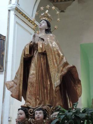 """Imagen de la Asunción de María, conocida como """"Santa María la Redonda"""", venerada en su templo en la colonia Guerrero en la ciudad de México. Fotografía cortesía de Tacho de Santa María."""