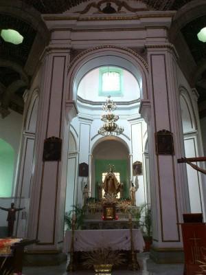 """La rotonda del templo el cual le da nombre a esta advocación de """"Santa María la Redonda""""."""