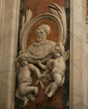 Medallón del Santo en la Basílica de San Pedro del Vaticano, Roma (Italia).