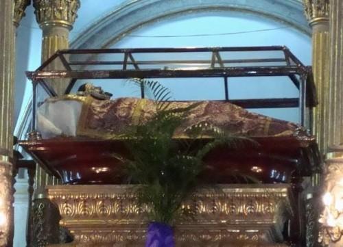 Imagen del Señor de la Cuevita venerada en su santuario en Iztapalapa, Ciudad de México. Fotografia cortesía de Enrique Tamayo.