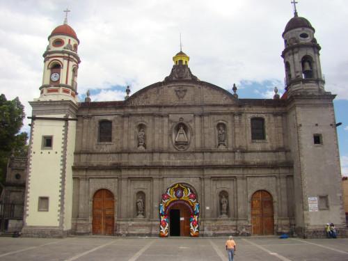 Parroquia de la Soledad y Santa Cruz.