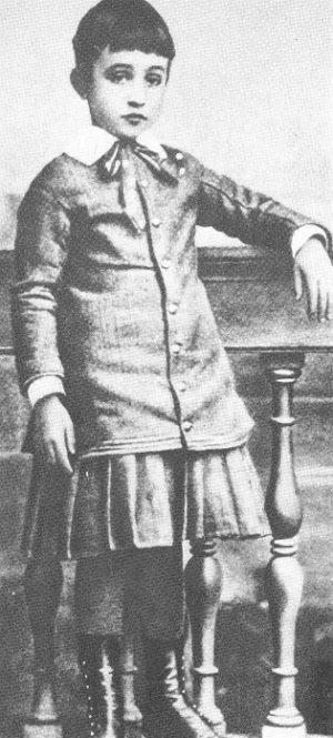 Fotografía de Eugenio Pacelli en 1882.