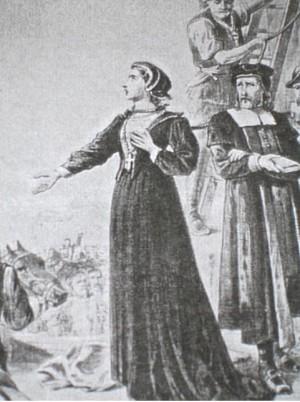 Ilustración de la Santa dirigiéndose al público momentos antes de ser ahorcada.