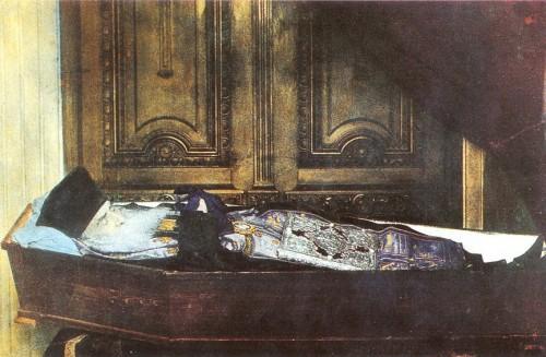 Fotografía del Santo de cuerpo presente, durante su funeral.