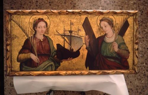 Vista de una tabla del s.XVI con las dos mártires patronas de Barcelona: Madrona (izqda.) y Eulalia (dcha.)
