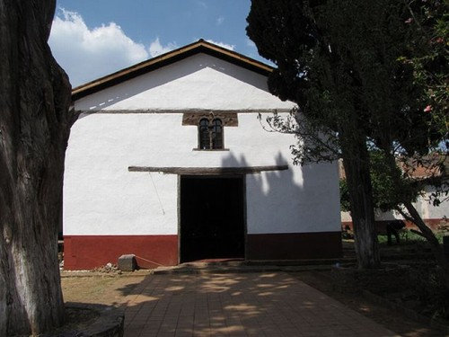 Capilla de Santa Fe de la Laguna (s.XVI). Único resto del antiguo hospital.