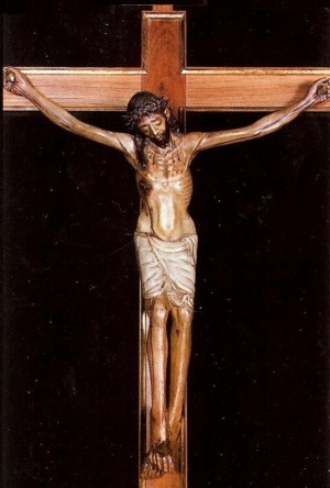 Vista completa de la talla del Santísimo Cristo de la Morera, venerado en Sumacàrcer, Valencia (España).