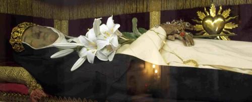 Vista del cuerpo incorrupto de la Santa, venerado en Montepulciano (Italia).
