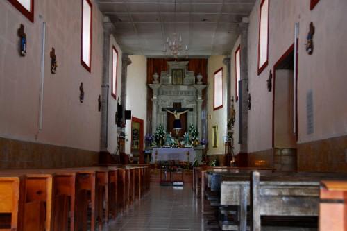 Interior de la Iglesia de San José del Tizonazo, Durango, donde se venera al Señor de los Guerreros.