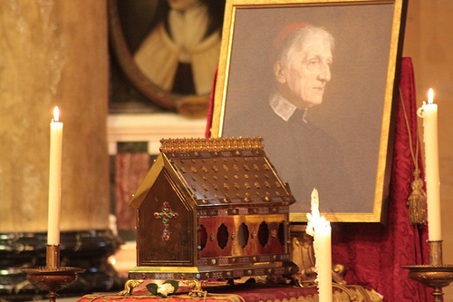 Relicario del Beato en el Oratorio de Birmingham, Inglaterra.