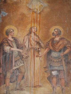 Pintura de los Santos Nicandro, Marciano y Daría, mártires de Escitia Menor, en una capilla de calle en Venafro, Italia.