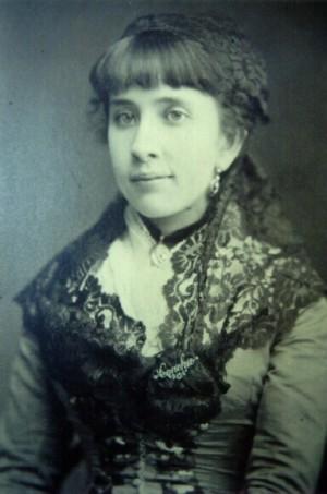 Fotografía de la Venerable Conchita en su juventud.