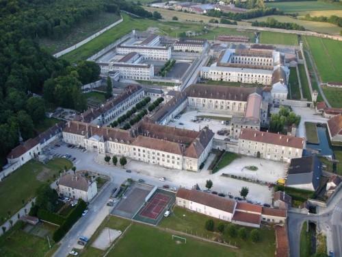 Vista aérea de la actual abadía de Claraval, Francia.