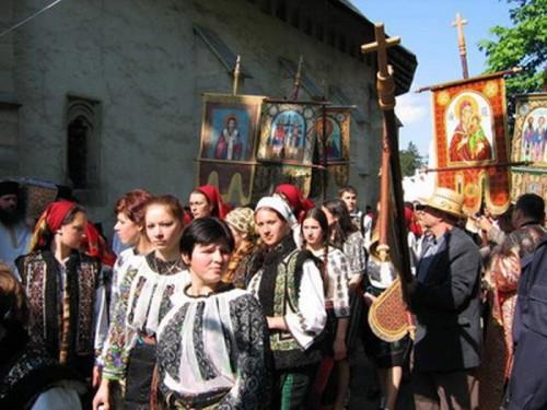 Peregrinación anual con las reliquias del Santo.