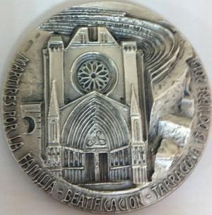 Medalla contemporánea de los mártires (reverso) realizada con objeto de su inminente beatificación.
