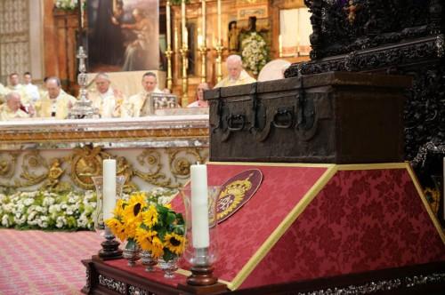 Reliquias del Beato Cristóbal el día de su beatificación en la catedral de Córdoba.