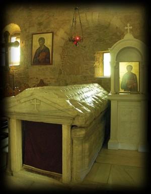 Sarcófago de San Lucas en Tebas (Grecia).