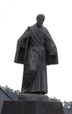 Escultura del santo en Vilaflor, su pueblo natal.
