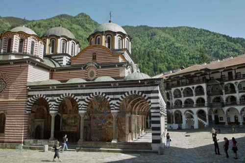 Exterior de la iglesia del monasterio de Rila.