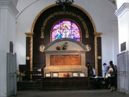 Tumba de San Pedro de San José de Betancur.