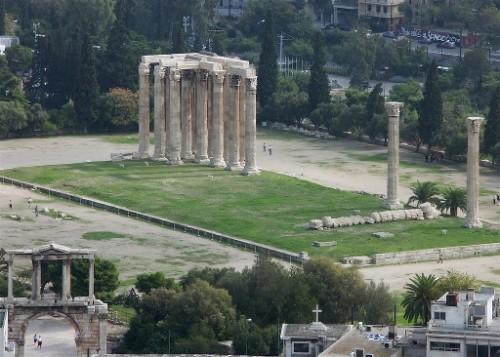 Ruinas del templo de Zeus Olímpico en Atenas (Grecia). Lugar del martirio del Santo.