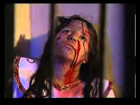 Otra escena de la película sobre la Santa: Muhrail en prisión, después de sufrir tortura.