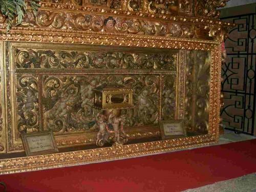 Altar de San Martín de Dumio en la catedral de Braga, Portugal. Contiene reliquias del Santo.