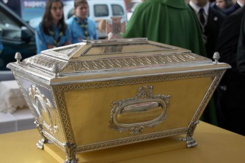Urna relicario donde descansan los restos del Beato Lolo desde 2010.