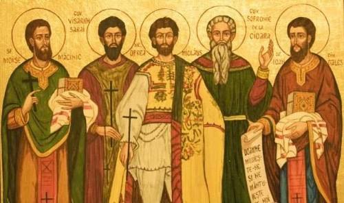 Icono ortodoxo griego de los Santos Moisés Macinic, Besarión Sarai, Nicolás Oprea, Sofronio de Cioara y Juan de Gales (izqda. a dcha).