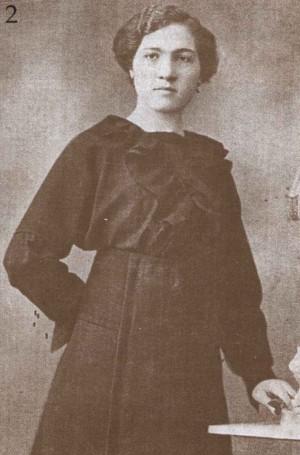 Fotografía de Josefa joven, antes de ingresar en la Compañía.