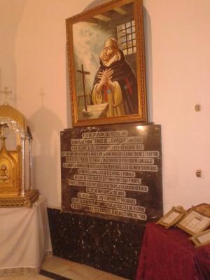 Vista del sepulcro del Venerable.