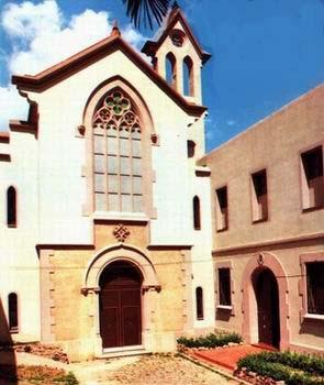 Vista del monasterio de las Madres Mínimas de Barcelona, reconstruido tras la guerra.